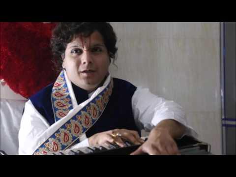 """लड्डू गोपाल- """"जो एक जगह नहीं सधा , कहीं न सध पायेगा"""" ( Prathamesh Goswami Maharah, Vrindavan)"""