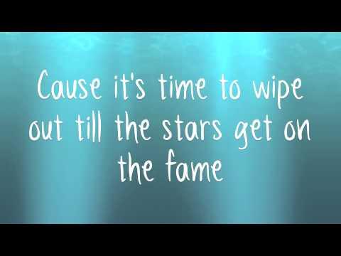 Doncamatic  Gorillaz ft Daley lyrics