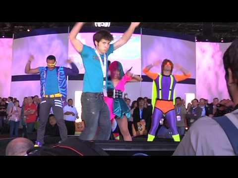 Just Dance 4 - Tobuscus Interview E3 2012 [Europe]