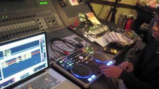 """FM SATELLITES Ep 29: """"FAMILY GUY DJ SCRATCH SET"""" + Custom Mixtape Winner Announced"""