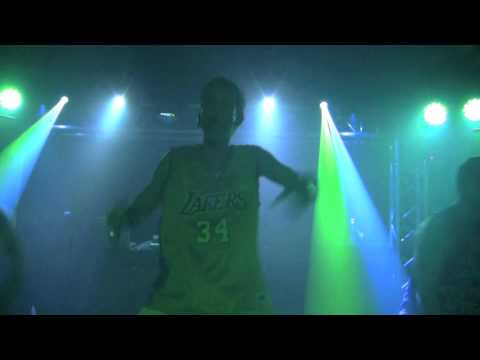 Aaron Carter Performs That's How I Beat Shaq In Jacksonville, FL