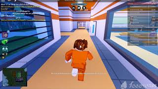 playing jailbeak on a new account.. sorry it was so short (Roblox jailbreak)