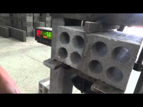 TRUNG HẬU - Test độ kết dính gạch bằng nước xi măng pha loãng
