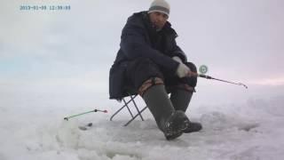 Зимняя рыбалка на водохранилище видео(Этот ролик обработан в Видеоредакторе YouTube (http://www.youtube.com/editor), 2016-08-08T18:46:57.000Z)