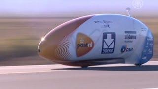 Новый рекорд: на велосипеде со скоростью 134 км/ч (новости)(http://www.ntdtv.ru Новый рекорд: на велосипеде со скоростью 134 км/ч. На велосипеде со скоростью 134 км/ч. Оказывается,..., 2013-09-18T09:46:48.000Z)