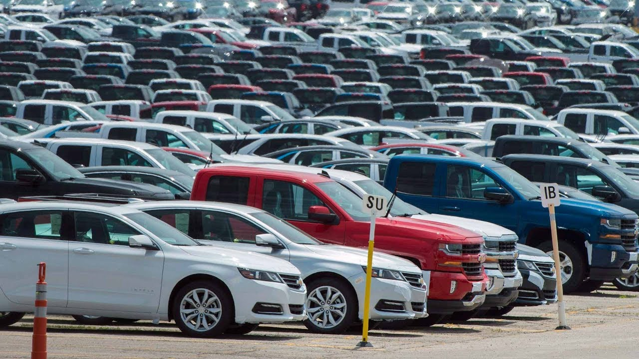 Canada warns Trump not to impose auto tariffs