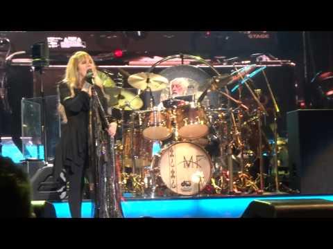 150410 - Fleetwood Mac - Don't Stop -Los Angeles