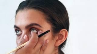 How To Create a Smokey Eye by Bobbi Brown Cosmetics