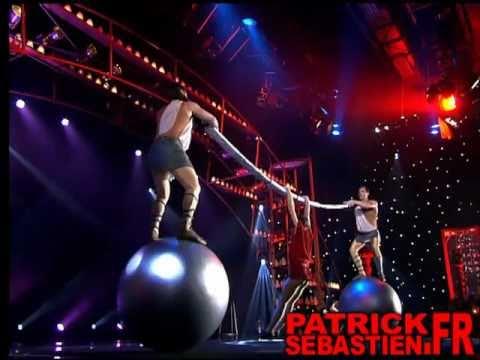 Tomchuk - Acrobatic act - The world greatest Cabaret