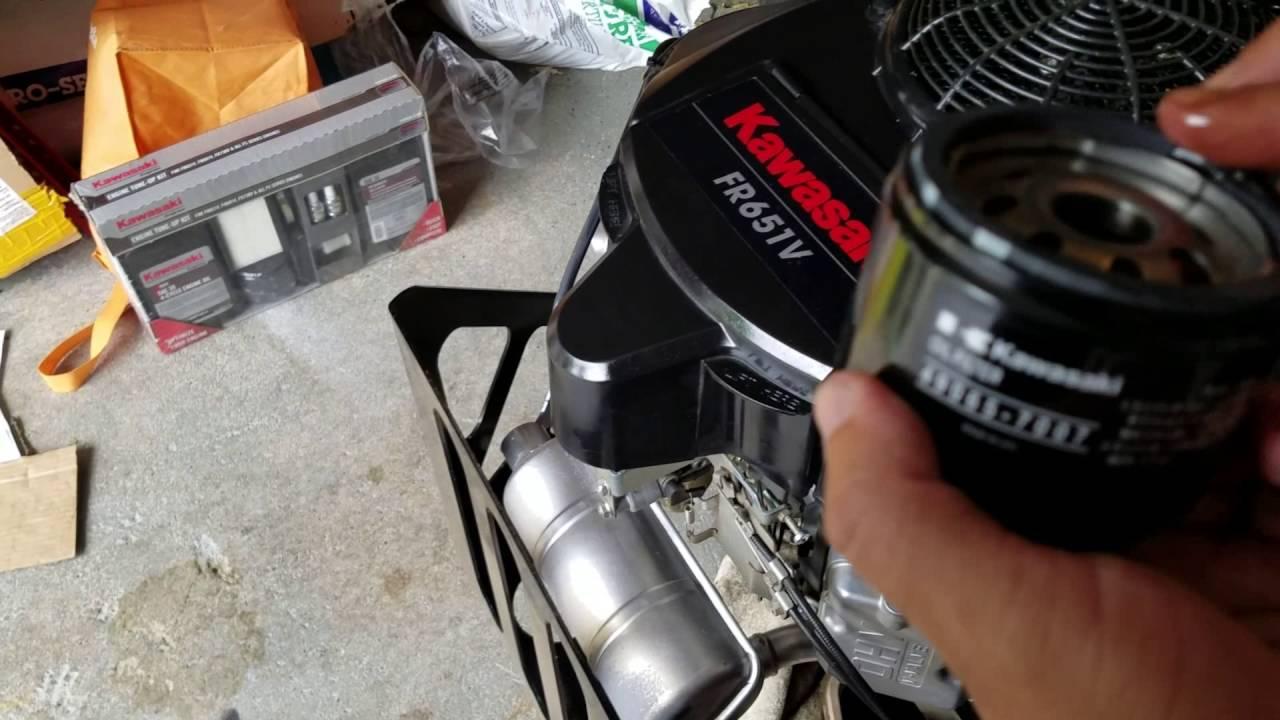 Bob Cat CRZ Oil Change (Kawasaki FR651V)
