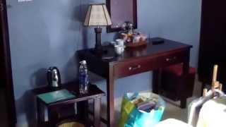 Dalat Green City Hotel - номер за 10 долларов и лобби отеля(Две ночи провели в Dalat Green City Hotel. В видео показан номер за 10 долларов и лобби отеля. Также смотрите видео,..., 2015-01-06T23:27:12.000Z)