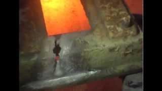 Испытания кислородного резака Терминатор-220  - 2(На видео показана резка чугуна толщиной 16 мм. Достигнута скорость реза при данной толщине чугуна- 8-10 пог.мет..., 2012-12-14T11:05:45.000Z)