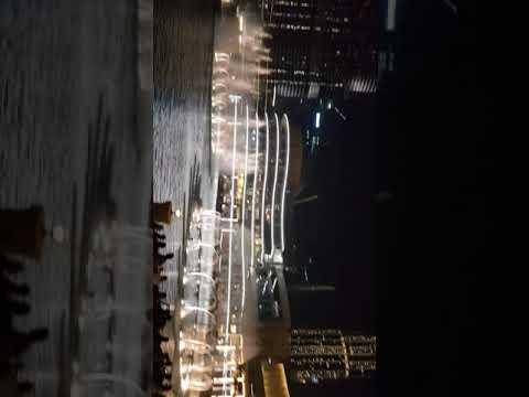 Water dancing in Dubai Mall