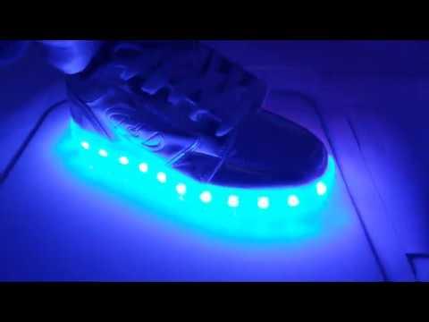 Heelys Premium Light Up Shoes - YouTube