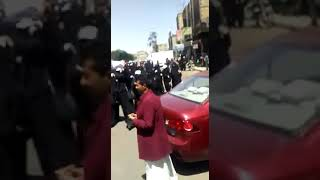 تظاهرة حاشدة للمعلمات بامانة العاصمة صنعاء تهتف باسقاط الحوثي وتطالب بصرف المرتبات