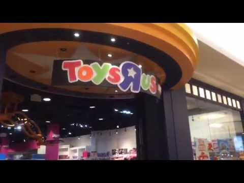 WWE TOY HUNT: Toys R Us EXPRESS, Kmart wrestling figure aisle! Elites! Exclusives!