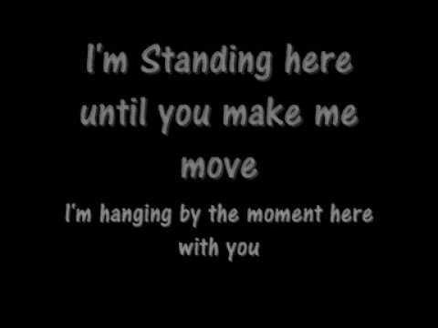 Lifehouse - hanging by the moment (with lyrics)