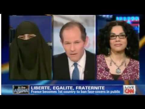 Hot!!! Aktivis HAM kalah debat soal hijab lawan muslimah [-TEKS INDO TEKAN TOMBOL TRANSLATE-]