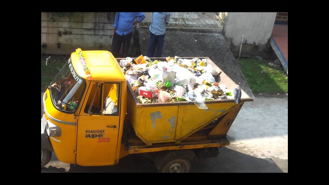 piaggio ape three wheeler dumper for garbage disposal of