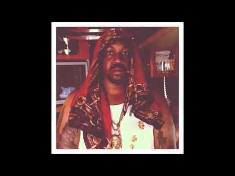 Travi$ Scott   Backyard Remix Ft  Smoke DZA (NEW)