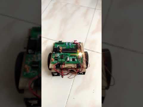 Skyfi Labs Online course-Obstacle Follower/Phototropic Robot -7 Robot(Combo Course) -Srikant Narayan