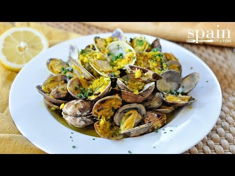 How to Make Spanish Style Steamed Clams