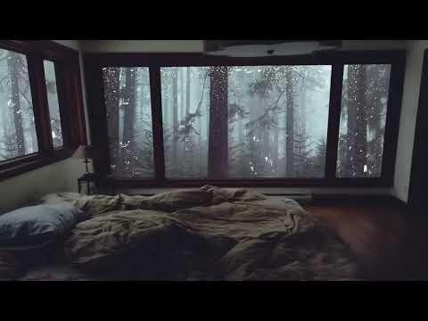8 heures de pluie au fond du lit  dans une chambre confortable