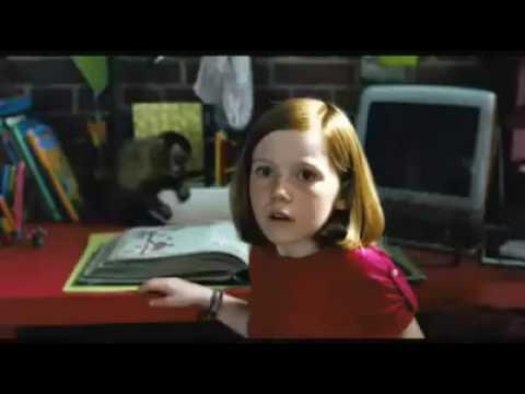 Lili la petite sorcière, le dragon et le livre magique (Version française)