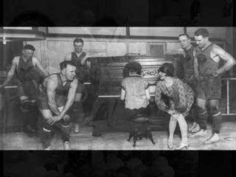 Harry Reser's Syncopators - I'm In Love Again, 1927