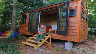 Tiny House Builders Jobs - Gif Maker Daddygif.com See Description