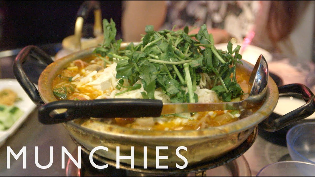MUNCHIES Presents: A Night Out In K-Town