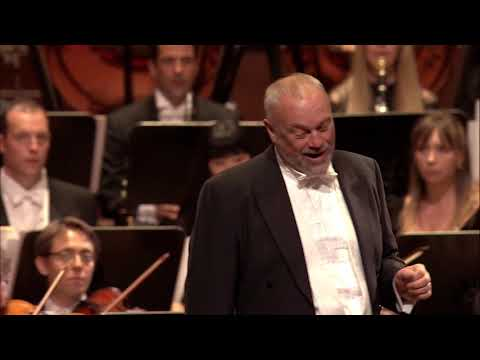 Rossini Largo al factotum' from 'Il Barbiere di Siviglia' Andrew Slater
