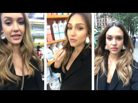 Jessica Alba shopping during instagram  live streaming