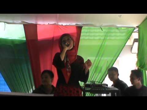 Video Dangdut Astri Pekanbaru Vs Rita Sugiarto