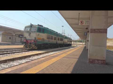 LIS E655 501+ E655 225 IN PARTENZA DA TARANTO