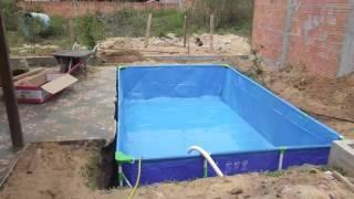 Enterrando uma piscina plástica 1º fase