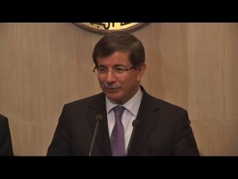 Mohamed Morsi Meets Turkish Foreign Minister Ahmet Davutoğlu