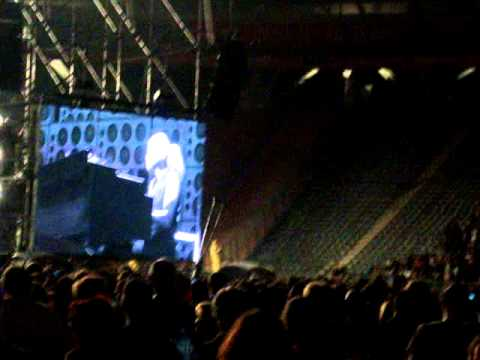 Pearl Jam - Eddie's 2nd Speech + Life Wasted 13/11/2011 - La Plata/ Argentina