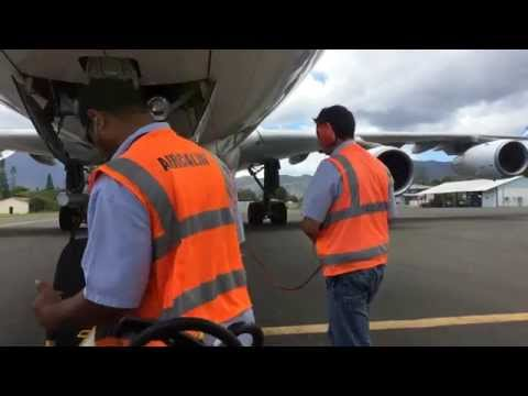 Pushback Nouméa la Tontouta Air Tahiti Nui A340-300