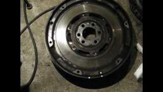 DUAL MASS FLYWHEEL   Двухмассовый маховик(VW Passat B5 1.6 AHL., 2012-11-04T14:02:14.000Z)