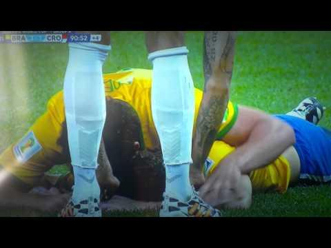 World Cup 2014: Brazil vs. Croatia- Oscar's goal