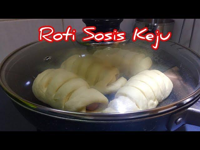 Cara Buat Roti Teflon Lembut Tanpa Telur, isi Sosis Keju /  MamiVes Diary