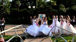 Cosmopolitan - Сбежавшие Невесты [СОЧИ]