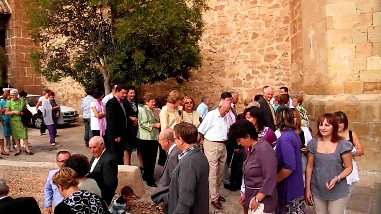 La gente de villel de mesa bajando a la plaza sept 2010 for Villel de mesa