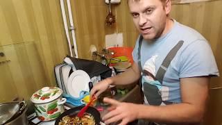 Яичница с солеными огурцами О жизни в Украине