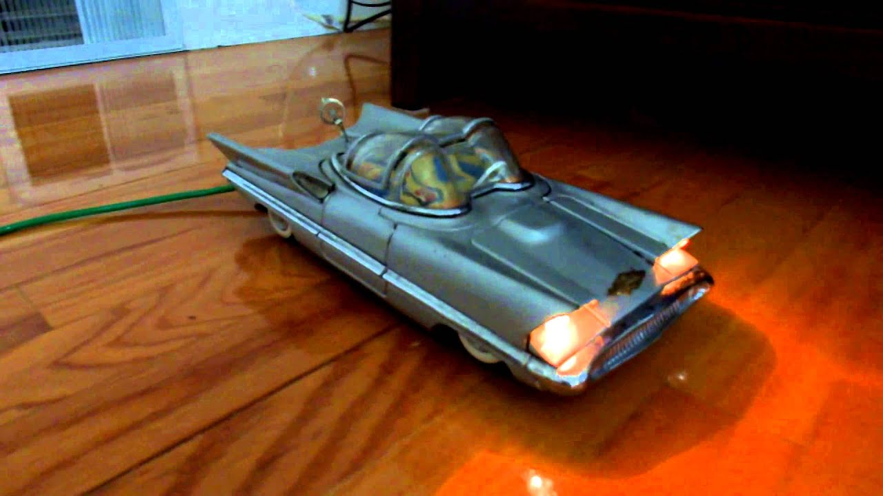 Vintage Alps Lincoln Futura Concept Car Tin Battery Operated Remote