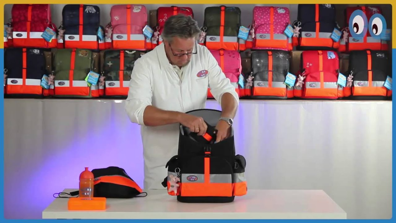 School bag with wheels singapore - Premium Ergonomic Kids School Bags From Kidznteenz Com 2016 11 12