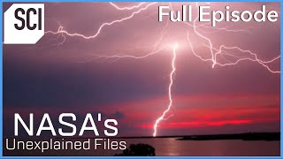 "Mysterious Signs of ""Intelligent Lightning""  