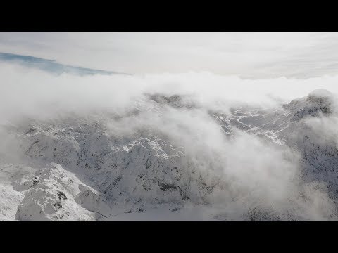 PICOS DE EUROPA - Walking On The Mountain