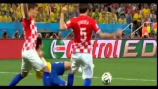 西村主審がPK与え、ネイマール2ゴール! ブラジルVSクロアチア thumbnail